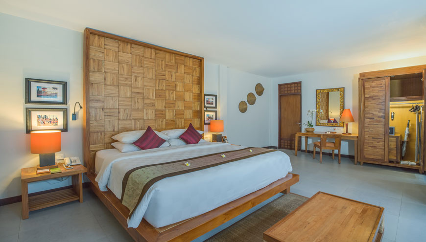 https://ramayanasuites.com/candidasa/themes/ramacandidasa/assets/images/Accomodations/One-Bedroom/One-Bedroom.jpg